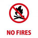 火の使用禁止を意味する英語の注意貼り紙テンプレート