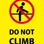 英語の登ることを禁止する注意貼り紙テンプレート